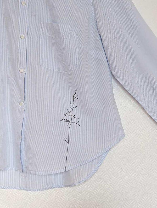 chemise rayée blanche bleu customisée manches longues